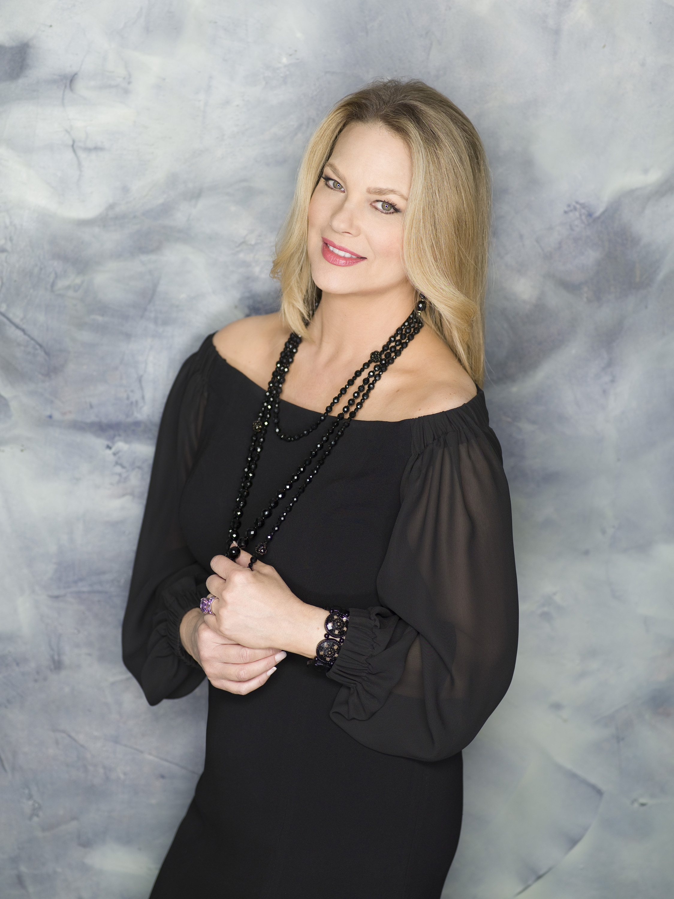 leann hunley actress